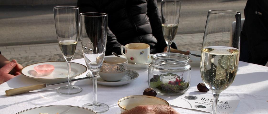 Auch dieses Jahr… der Klassiker(!). Das Diesel Café Spezial verlängert am Ostersamstag seine Öffnungszeit bis 14.00! Mit einer Überraschung um 12.00 Uhr! Für alle Daheimgebliebenen: Alles...