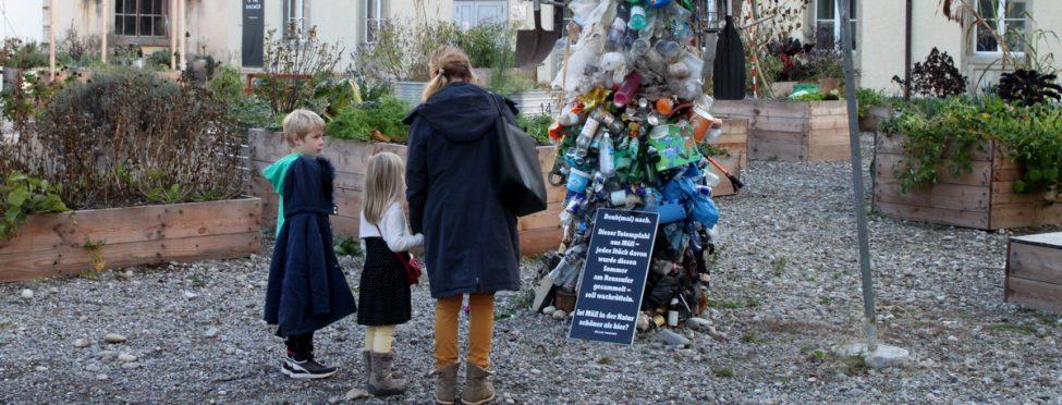 Die Kunst-Ecke auf dem Dieselplatz hat am 6. Dezember mit einer Vernissage ihren Abschluss gefunden und wurde gebührend gefeiert. Wer noch nicht weiss, worum es geht, dem sei das Projekt von Müller/...